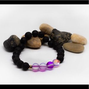 Jewelry - •• Iridescent Glass With Lava Rock